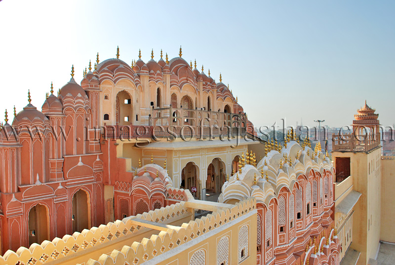 Images of hawa mahal jaipur jaipur hawa mahal images for Wallpaper for home walls jaipur