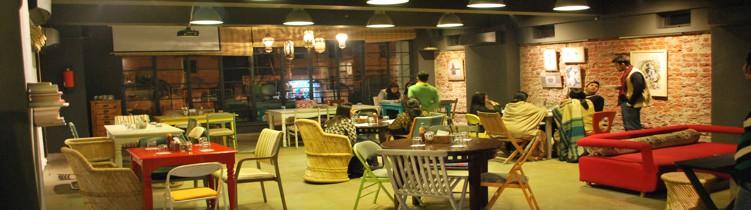 restaurant cafe f32 jaipur images of cafe f32 restaurant jaipur india. Black Bedroom Furniture Sets. Home Design Ideas